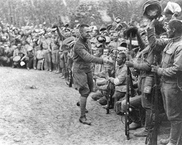 Kérenski, en el frente de Galitzia, en julio de 1917