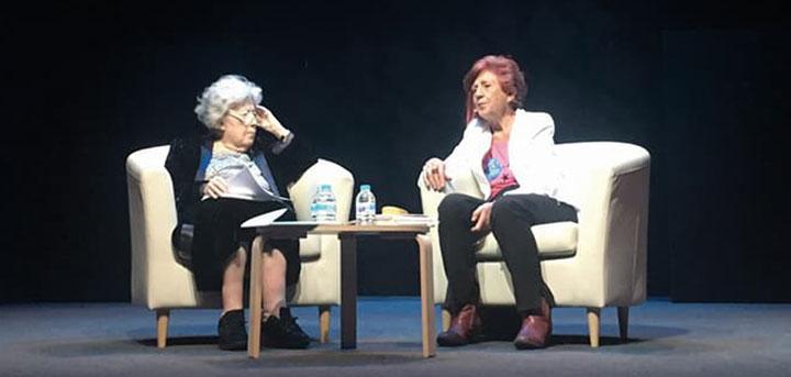 Las poetas Julia Uceda y Juana Castro, en el Auditorio Conde Duque de Madrid