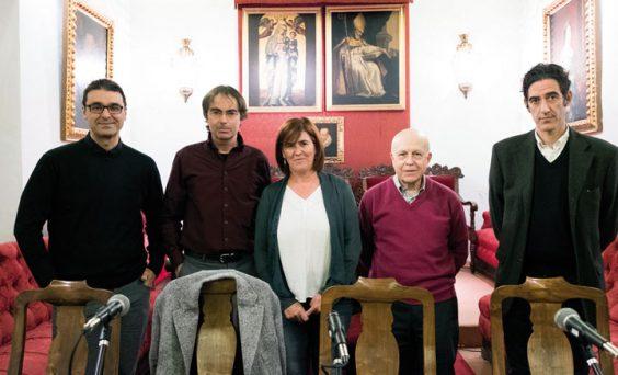 Pablo García Casado, Vicente Valero, Teresa Gómez y Javier Lostalé en la mesa redonda moderada por el editor Ignacio F. Garmendia